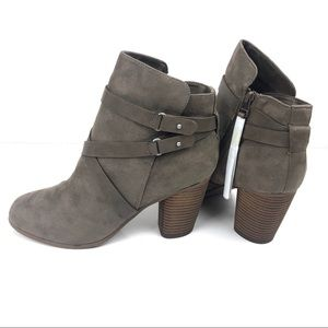 NITB SM New York Lolita Ankle Bootie Taupe